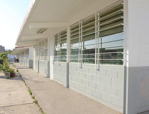 Rehabilita Guerrero 500 escuelas en sólo dos años