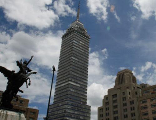 La 'Latino', icónica torre que ha resistido 'flotando'