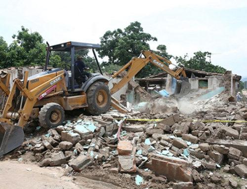 Entrega Velasco apoyos para la reconstrucción