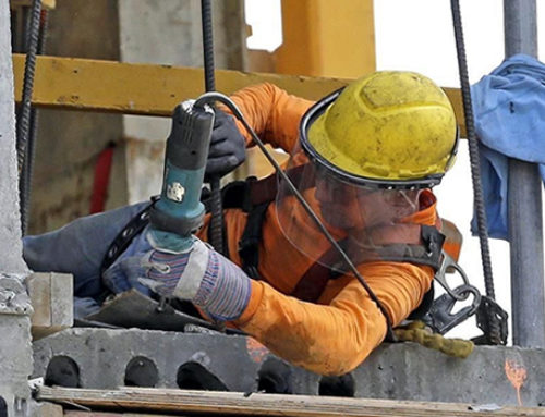 Aporta construcción 8% de empleo formal