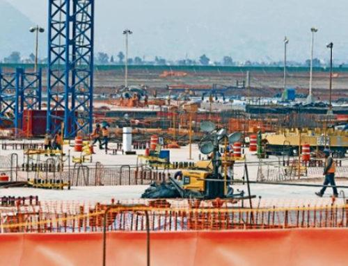 Los constructores apoyan mantener proyecto del NAIM
