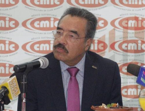 Constructores mexiquenses preocupados por reducción de presupuesto en obra pública