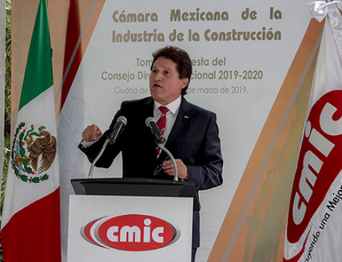 """""""No nos relegue"""": constructores nacionales a AMLO"""