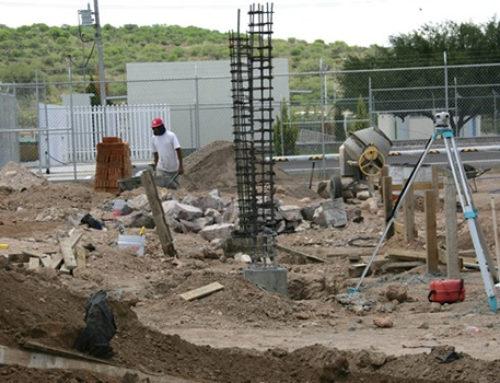 La construcción de escuelas tiene paso preferente: CMIC