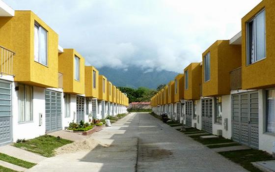 Acuerdan inversión en vivienda por más de 685 mil MDP