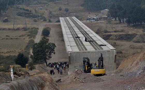 Pide Tultepec ser tomado en cuenta por SCT en ampliación del Tren Suburbano