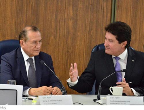 "CMIC e INIFED gestionan colocar 10,000 MDP del programa ""Escuelas al CIEN"""