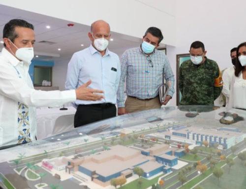 Supervisan proyectos en obras y equipamiento para hospitales en Quintana Roo