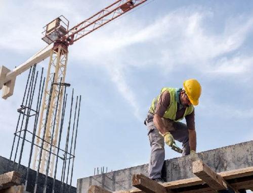 Constructores prevén recuperación de obra privada
